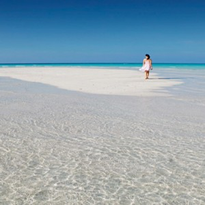 Kuramathi Maldives - Luxury Maldives Honeymoon Packages - Sandbank