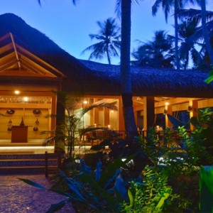 Kuramathi Maldives - Luxury Maldives Honeymoon Packages - Siam Garden exterior