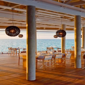 Kuramathi Maldives - Luxury Maldives Honeymoon Packages - The Reef Interior