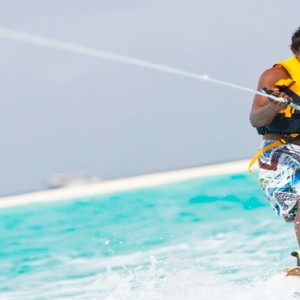 Kuramathi Maldives - Luxury Maldives Honeymoon Packages - Watersport actvities3