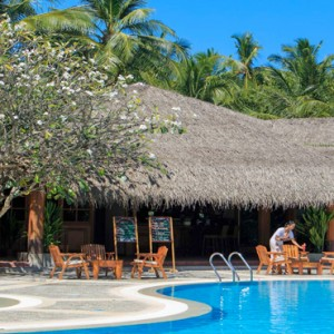 Kuramathi Maldives - Luxury Maldives Honeymoon Packages - pool area