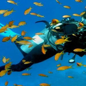 Kuramathi Maldives - Luxury Maldives Honeymoon Packages - scuba diving