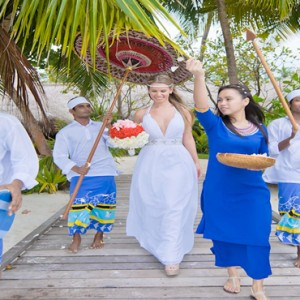 Kuramathi Maldives - Luxury Maldives Honeymoon Packages - wedding1
