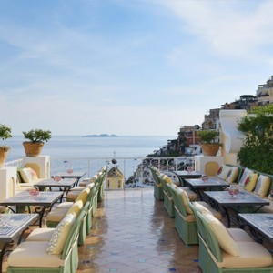Le Sirenuse - Luxury Italy Honeymoon Packages - Champagne Bar & Grill1