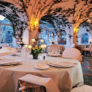 Le Sirenuse - Luxury Italy Honeymoon Packages - La Sponda Restaurant