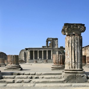 Le Sirenuse - Luxury Italy Honeymoon Packages - Sightseeing