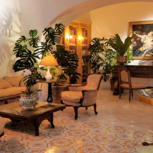 Le Sirenuse - Luxury Italy Honeymoon Packages - lobby