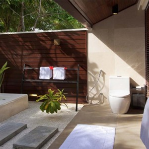 Lily Beach Resort and Spa at Huvahendhoo - Luxury Maldives Honeymoon Packages - Lagoon Villa jacuzzi tub