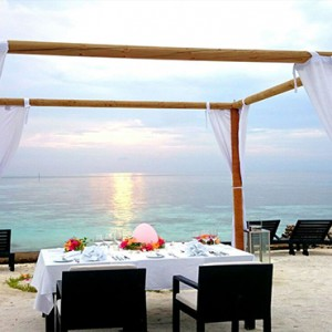 Lily Beach Resort and Spa at Huvahendhoo - Luxury Maldives Honeymoon Packages - private dinner