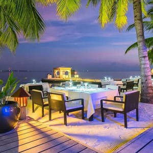 Lily Beach Resort and Spa at Huvahendhoo - Luxury Maldives Honeymoon Packages - restaurant1