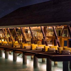Lux South Ari Atoll - Luxury Maldives Honeymoon Packages - East Bar