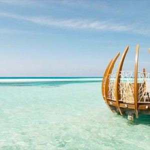 Lux South Ari Atoll - Luxury Maldives Honeymoon Packages - East Market Dining