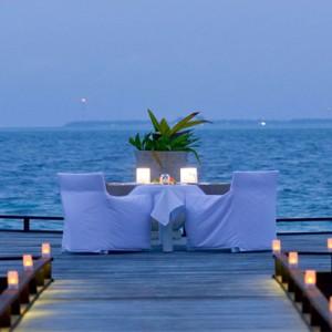 Maafushivaru - Luxury Maldives Honeymoon Packages - A la carte dining2