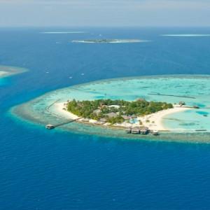 Maafushivaru - Luxury Maldives Honeymoon Packages - Aerial view of both islands