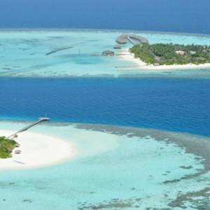 Maafushivaru - Luxury Maldives Honeymoon Packages - Aerial view of both islands1