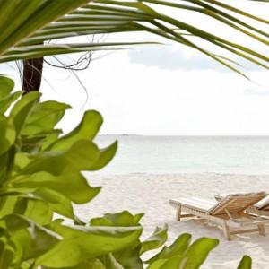 Maafushivaru - Luxury Maldives Honeymoon Packages - Beach