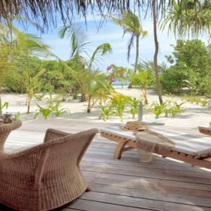 Maafushivaru - Luxury Maldives Honeymoon Packages - Beach villa deck