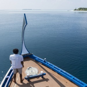 Maafushivaru - Luxury Maldives Honeymoon Packages - Dhoni boat ride to private island