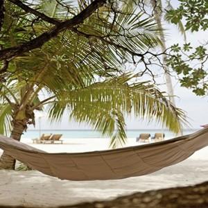 Maafushivaru - Luxury Maldives Honeymoon Packages - Lonubo Maldives (Private Island) hammock