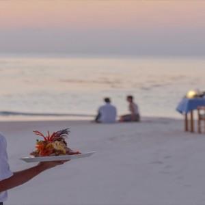 Maafushivaru - Luxury Maldives Honeymoon Packages - Lonubo Maldives (Private Island) private dining