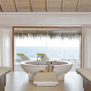 Maafushivaru - Luxury Maldives Honeymoon Packages - Spa Treatment room