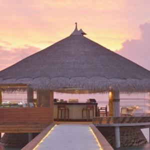 Maafushivaru - Luxury Maldives Honeymoon Packages - Teppanyaki restaurant