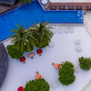 Maldives Honeymoon Packages Kuramathi Island Resort Maldives Sand Bar 2