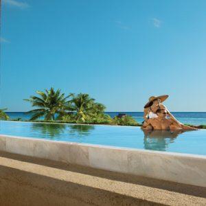 Mexico Honeymoon Packages Zoetry Paraiso De La Bonita Riviera Maya Couple At The Pool