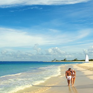 Mexico Honeymoons Packages Secrets Maroma Beach Couple On Beach