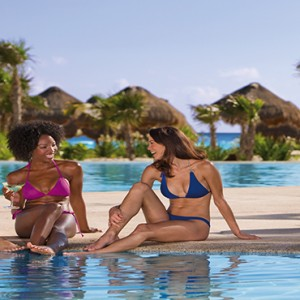 Mexico Honeymoons Packages Secrets Maroma Beach Guests By Pool