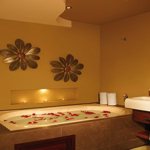 Mexico Honeymoons Packages Secrets Silversands Riviera Cancun – Preferred Club Rooftop Jacuzzi Ocean View Bathroom