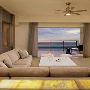 Mexico Honeymoons Packages Secrets Silversands Riviera Cancun – Presidential Suite1