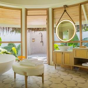 Milaidhoo Island Maldives - Luxury Maldives Honeymoon Packages - Beach Pool Villas bathroom