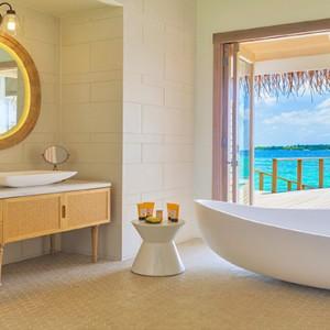 Milaidhoo Island Maldives - Luxury Maldives Honeymoon Packages - Water Pool Villa bathroom