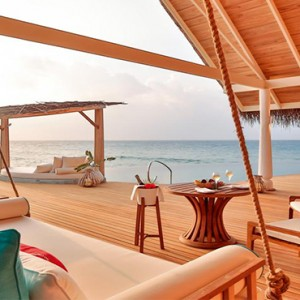 Milaidhoo Island Maldives - Luxury Maldives Honeymoon Packages - ocean view deck dining