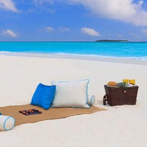 Milaidhoo Island Maldives - Luxury Maldives Honeymoon Packages - sandbank