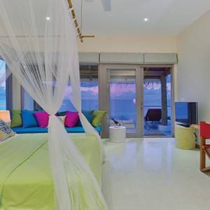 OBLU by Atmosphere at Helengali - Luxury Maldives Honeymoon Packages - Lagoon Villas with plunge pool interior
