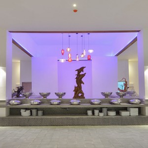 OBLU by Atmosphere at Helengali - Luxury Maldives Honeymoon Packages - The Spice Restaurant interior2