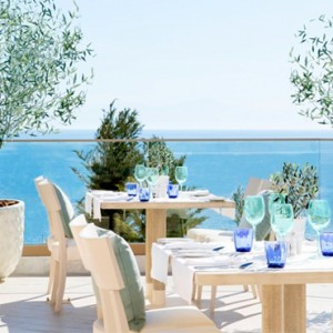 Ouzo - Ikos Oceania Halkidiki - Luxury Greece Holiday Packages