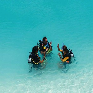 Ozen by Atmosphere at Maadhoo Island - Luxury Maldives Honeymoon Packages - Atmosphere Aqua Club