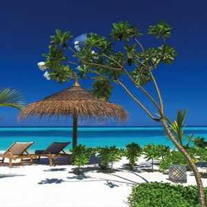 Ozen by Atmosphere at Maadhoo Island - Luxury Maldives Honeymoon Packages - Beach
