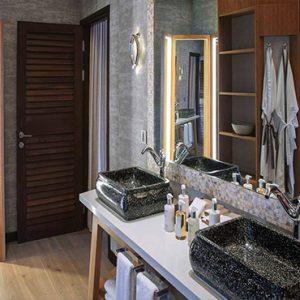 Ozen By Atmosphere At Maadhoo Island Luxury Maldives Honeymoon Packages Earth Villa With Pool Bathroom