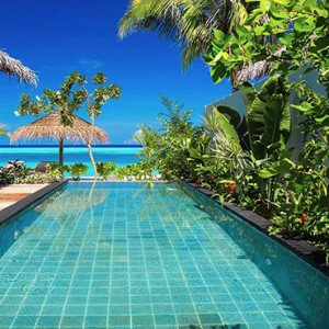 Ozen by Atmosphere at Maadhoo Island - Luxury Maldives Honeymoon Packages - Earth Villa with Pool w pool