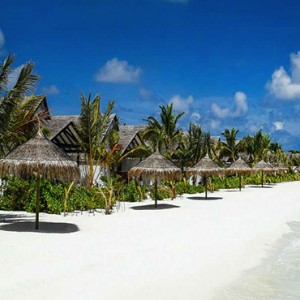 Ozen by Atmosphere at Maadhoo Island - Luxury Maldives Honeymoon Packages - Earth beach villas