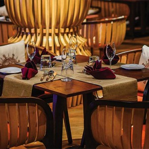 Ozen by Atmosphere at Maadhoo Island - Luxury Maldives Honeymoon Packages - Indoceylon restaurant