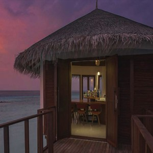 Ozen by Atmosphere at Maadhoo Island - Luxury Maldives Honeymoon Packages - OZEN Water suite bar1