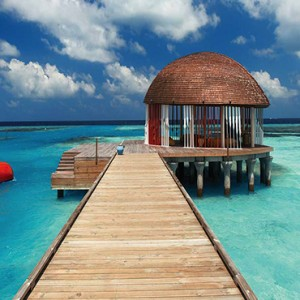 Ozen by Atmosphere at Maadhoo Island - Luxury Maldives Honeymoon Packages - Ozen arrival pavillion