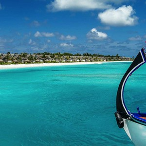 Ozen by Atmosphere at Maadhoo Island - Luxury Maldives Honeymoon Packages - excursion
