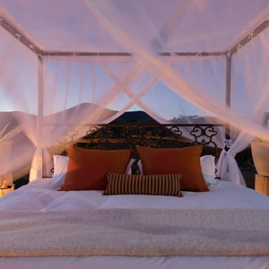 Samara Private Game Reserve - Luxury South Africa Honeymoon Packages - Star bed