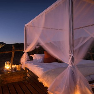 Samara Private Game Reserve - Luxury South Africa Honeymoon Packages - Star bed1